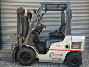 Nissan 2.5 Ton Diesel Used Forklift